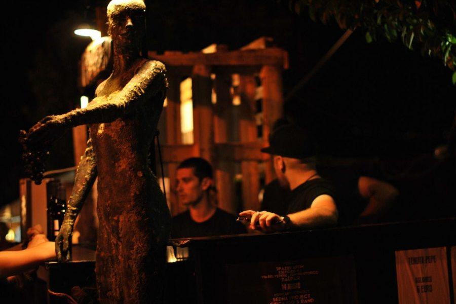 La festa del vino di Taurasi. Spazio Artim, Fiera Enologica. Divertimento e creatività